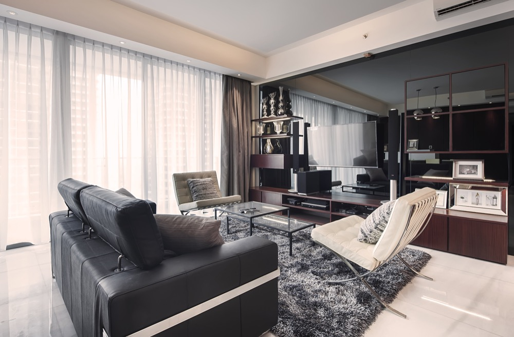 Living Area-Resized